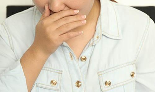 喉咙疼有哪些小偏方治疗?